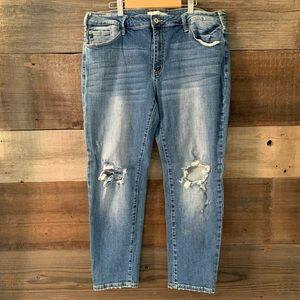 Kancan Skinny Medium Distressed Jeans Size 15/31
